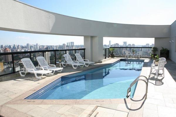 piscina com vista hotel quality moema