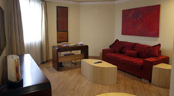 suíte master do hotel Golden Tower São Paulo