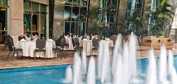 lobby bar hotel Melia Jardim Europa