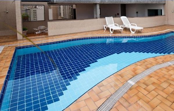piscina do hotel Mercure São Paulo Paraiso